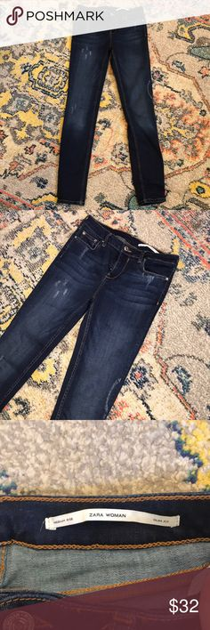 "Zara Distressed Dark Wash Slim Jeans Size 6 Gently used medium rise jeans. 29"" inseam 8"" rise. Zara Jeans Skinny"