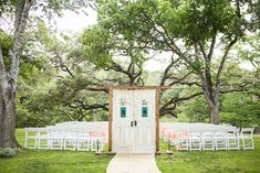 Allison and Cameron's Rustic Texas Barn Wedding