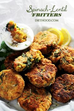 Spinach Lentil Fritters are a deliciously crispy fritter appetizer recipe! Made with lentils and spinach, and served with a side of lemon-sour cream sauce! Red Lentil Recipes, Veggie Recipes, Baby Food Recipes, Appetizer Recipes, Vegetarian Recipes, Cooking Recipes, Healthy Recipes, Appetizers, Curry Recipes