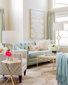 Blue, gray and gold living room colors - mismatched living room furniture Paint Colors For Living Room, Living Room Grey, Home Living Room, Living Room Designs, Paintings For Living Room, Blue And Gold Living Room, Pastel Living Room, Furniture For Living Room, Decor For Living Room