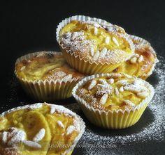 Apple muffin | Tortine di mele con uvetta, ricotta e spezie