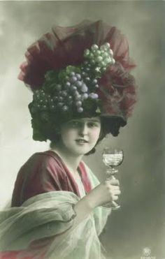 Vintage Mondays: Edwardian Hats A Plenty Victorian Hats, Victorian Costume, Victorian Ladies, Jeanne Lanvin, Vintage Pictures, Vintage Images, Vintage Artwork, Popular Hats, Creation Photo