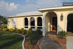 Villa Twisted Conch - great home in Cape Coral