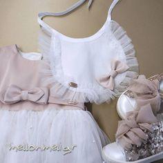 Βαπτιστική Σαλιάρα ασορτί με Φόρεμα Vinteli White Shorts, Ruffle Blouse, Tops, Women, Fashion, Moda, Fashion Styles, Fashion Illustrations, Woman