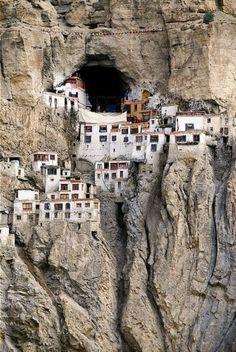 Cliff dwellings in Tibet