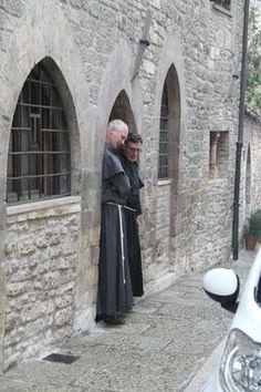 Assisi, nice car