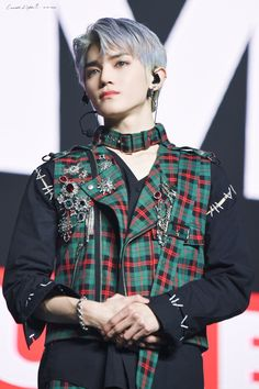 """Candle_Light🌱 on Twitter: """"#태용 #TAEYONG #NCT127 #NCT #SuperM  200206 SuperM 'WE ARE THE FUTURE' LIVE in Vancouver… """" Stage Outfits, Kpop Outfits, Jaehyun, Yuta, Fandom, My Heart Hurts, Lee Taeyong, Perfect Boy, Light Hair"""