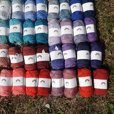 Rainbow Cotton from Hobbii – Knitting Socks İdeas. Crochet Rug Patterns, Crochet Yarn, Knitting Patterns, Loom Knitting, Knitting Socks, Baby Knitting, Knitting Projects, Crochet Projects, Sewing Projects