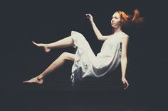 Basic Photography Tutorial: Surreal Levitation How-to