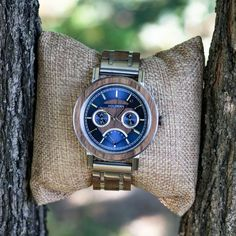 Be reminded of this captivating barrier reef every time you glance at the handsome Caledonia wood watch model's unique blue dial—surrounded by a barrier of finely textured walnut wood and stainless steel. Watch Model, Walnut Wood, Wood Watch, Watches, Accessories, Christmas, Style, Watch, Projects