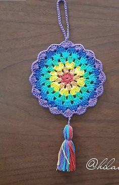 Crochet Mandala Pattern, Crochet Circles, Crochet Square Patterns, Crochet Patterns Amigurumi, Crochet Designs, Crochet Doilies, Crochet Flowers, Crochet Stitches, Crochet Gifts