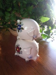 Vintage Magnetic Stacking Pigs Salt and Pepper Shakers on Etsy, $10.00