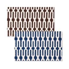 Vietri Indigo Link/Chocolate Link Accent Placemat @Demi Bredefeld Ryan #demiryanhome #shop #homedesignboutique #design www.demiryan.com