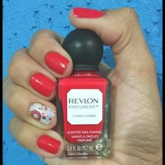 China Flower - Revlon Parfumerie