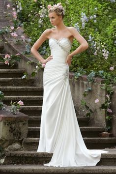 2013 Wedding Dresses Trumpet/Mermaid Sweetheart Court Train Elastic Satin Beading & Sequins