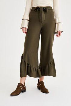 https://vaybe.net/bayan-bol-pantolon-modelleri
