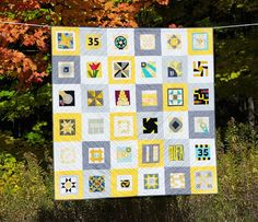 Lindsay Sews: OLFA Anniversary Quilt and link to the blogger that pieced this quilt (from donated blocks)