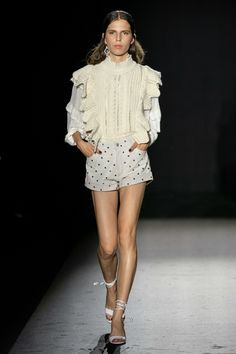 Zadig & Voltaire Spring 2020 Ready-to-Wear Fashion Show Collection: See the complete Zadig & Voltaire Spring 2020 Ready-to-Wear collection. Look 13 Knitwear Fashion, Knit Fashion, Fashion Week, Fashion 2020, Fashion Show, Fashion Outfits, Fashion Trends, Fashion Styles, Paris Fashion