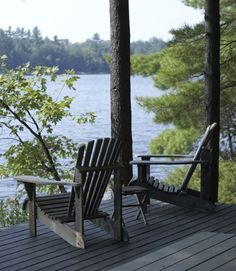 from House Home magazine - muskoka chairs cottage-in-style house-home. Again Muskoka Lake Cabins, Cabins And Cottages, Lakeside Living, Outdoor Living, Relax, Lake Cottage, Exterior, Cabins In The Woods, House And Home Magazine