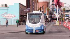 完全自動運転するシャトルバスがラスベガスの公道にデビューして走行実験を開始