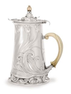 This fashionable Art Nouveau Chocolate Pot was made around 1900 and hails from none other than the fashion capital itself, Paris! #chocolatehistory Photo via Sotheby's.