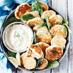 Smoked Salmon and Dill Mini Pancakes with Horseradish Dip