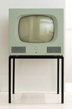 BRAUN Fernsehgerät HF 1 - 1958 - Tischgerät mit Stahlrohr-Untergestell, Design: Herbert Hirche