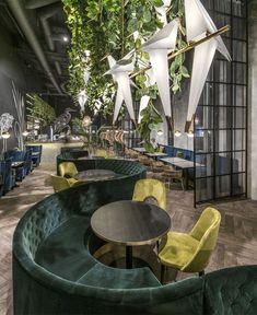 Manami Restaurant Decor Inspired by Asia's Dense Jungle Manami Restaurant Decor Inspired by Asia's Dense Jungle - InteriorZine Lounge Design, Café Design, Lobby Design, Design Room, Flat Design, Design Hotel, Design Bar Restaurant, Decoration Restaurant, Deco Restaurant