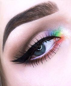 17 Ethereal Makeup Looks That Will Do Your Inner Unicorn Proud Rainbow Eyeshadow Pride Makeup Ideas Ethereal Eyeshadow Makeup Proud Rainbow unicorn Ethereal Makeup, Dramatic Eye Makeup, Makeup Eye Looks, Eye Makeup Art, Colorful Eye Makeup, Cute Makeup, Makeup Inspo, Eyeshadow Makeup, Makeup Inspiration