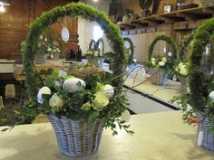 voorjaar Centerpieces, Table Decorations, So Creative, Easter Party, Green Wedding, Floral Design, Workshop, Bloom, Rustic
