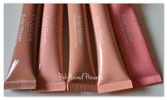 Pink Haired Princess reviews our Instant Light Natural Lip Perfector