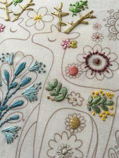 Embroider a colouring page printed on fabric / Broder une page de coloriage imprimée sur du tissu