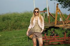 Trench Collection by Sonia Verardo: OOTD: Fringe Sandals & Chanel Style Shorts // Dres...