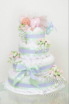 Gallery.ru / Фото #1 - Памперсное... - forsteriana Baby Nappy Cakes, Diy Diaper Cake, Baby Shower Diapers, Baby Boy Shower, Baby Shower Gifts, Baby Shower Desserts, Baby Shower Themes, Pamper Cake, Mesas Para Baby Shower