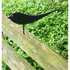 A LITTLE GARDEN METAL BIRD ORNAMENT CALLED JENNY