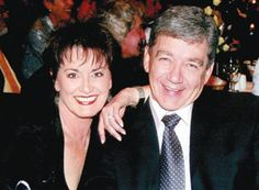 Johan en Rina South African Artists, Africans, My Childhood Memories, African History, Good Old, Nostalgia, Royalty, Faces, Celebs