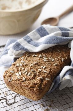 My Top 10 Traditional Irish Recipes… (Donal Skehan Journal) Scottish Recipes, Irish Recipes, Easy Bread Recipes, Cooking Recipes, Quick Bread, Irish Brown Bread, Digestive Biscuits, Soda Bread, Salads