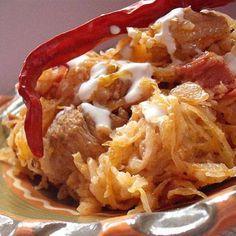 A hagyományos székelykáposzta receptje Hungarian Cuisine, Hungarian Recipes, Hungarian Food, Grubs, Meat Recipes, Cauliflower, Casserole, Bacon, Cabbage