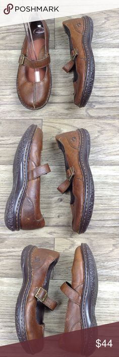 Born brown leather MaryJane Split Toe Casual shoes Born brown leather Maryjane Split-toe casual shoes. Size 8.4/40. Pre-owned in excellent great condition with minimal wear. If you have any questions please leave a comment below. Born Shoes Flats & Loafers