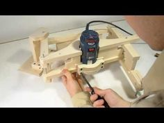 Building the 3-D pantograph - YouTube