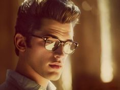 Pompadour (hairstyle)