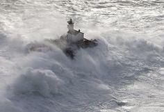 Phare de Tévennec, le phare maudit... Raz de Sein Finistère Bretagne