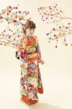 Traditional Fashion, Traditional Outfits, Japan Woman, Yukata, Japanese Kimono, Oriental, Retro Fashion, Retro Vintage, Poses