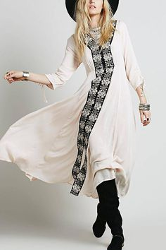 OUTFIT: | Boho/Ethnic/Tribal-Chic Beige V-Neck CAFTAN MAXI Dress + worn with Floppy Fedora Hat + Booties.