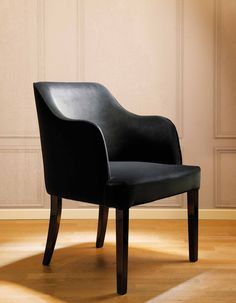 DOM EDIZIONI: Loucky chair #domedizioni #luxurylivinf #luxuryfurniture #loucky #chair #luxury