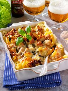 Kyckling- och kantarellgratäng Something Sweet, Lasagna, Macaroni And Cheese, Slow Cooker, Stuffed Mushrooms, Pasta, Cooking, Ethnic Recipes, Food