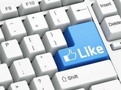 7 ferramentas gratuitas de monitoramento de redes sociais --------------------------------------------- Monitorar o que estão falando sobre a sua marca nas mídias e redes sociais é um passo crucial para a empresa que deseja definir suas estratégias de comunicação na web. Somente a partir deste diagnóstico de imagem é possível gerenciar com sobriedade a participação corporativa nas redes sociais. Não há como traçar ações sem antes conhecer o cenário em questão.