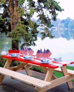 Striped Picnic Table How-To
