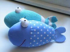 Pfiffigstes Häkelblog: Gratisschnittmuster für einen genähten Fisch!!! Nähen oder Häkeln?.