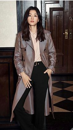 31c90e0534a Actress Jun Ji Hyun recently posed for  Marie Claire s September issue! The  actress styled a variety of long coats in a dark
